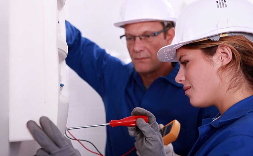 When You Should Call an Emergency Electrician