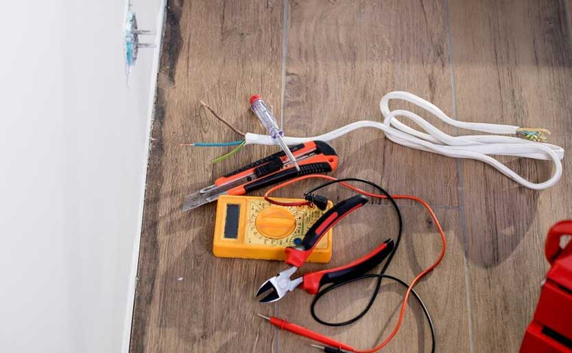 Why DIY Electrical Repairs Is a Bad Idea