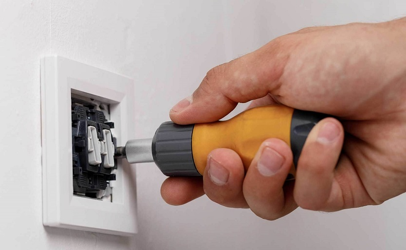 How to Troubleshoot a Faulty Light Switch