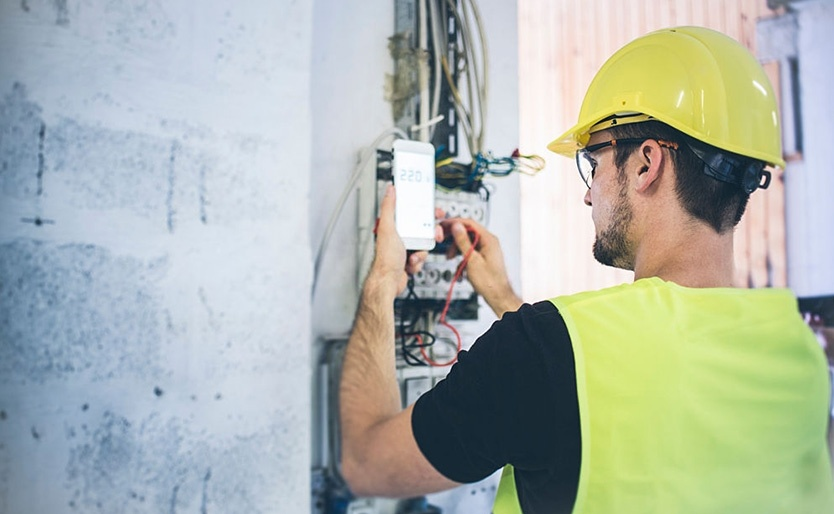 5 Things Your Electrician Wants You To Know