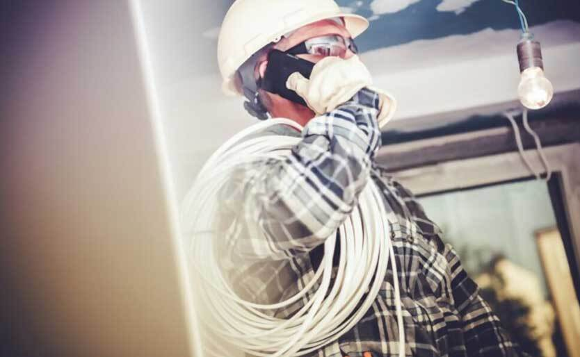 Steps to Take Before Calling an Emergency Electrician